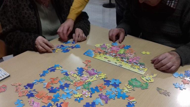 puzzle centre.jpg